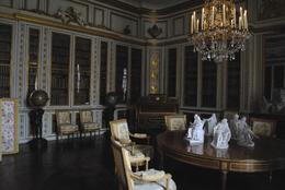 Photo of Paris Viator VIP: Palace of Versailles Small-Group Tour with Private Viewing of the Royal Quarters Versailles 2