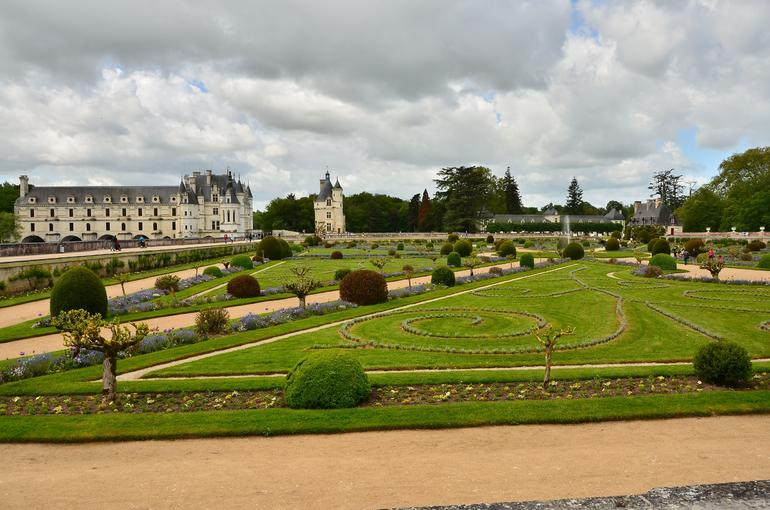 Gardens of Chenonceau - Paris