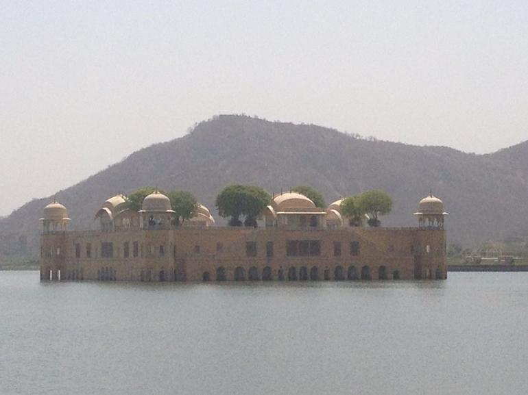 Man sagar Lake North of Jaipur