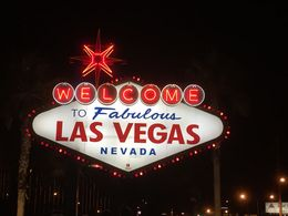The famous Vegas welcome sign , Stephanie W - December 2015