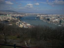 We had a photostop at top of Gellert hill, plenty of time and fortunately a sunny clear day. - March 2010