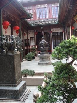 Photo of Shanghai Shanghai Half Day Morning or Afternoon Sightseeing Tour Sh07