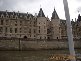 Photo of Paris Seine River Cruise and Paris Canals Tour Sur la Seine aussi.