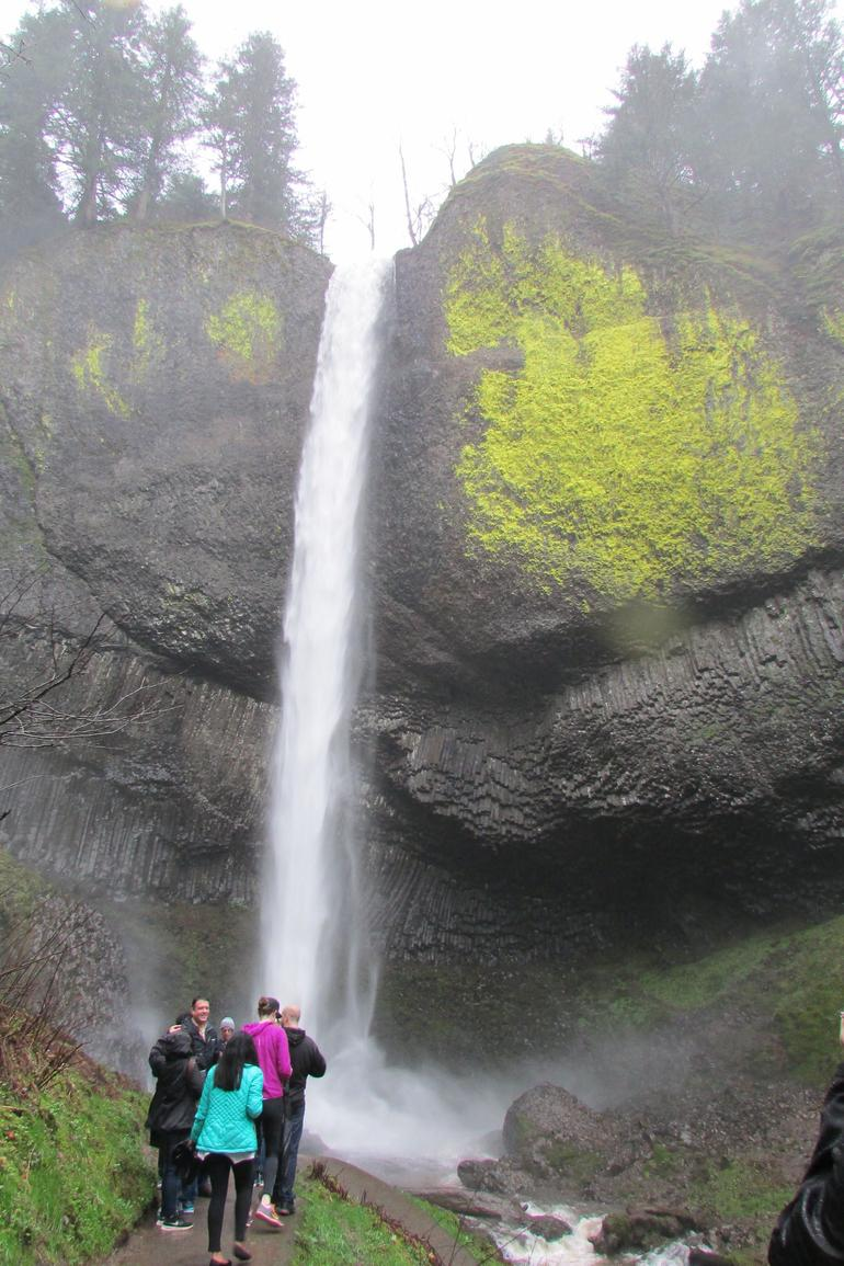 Morning Half-Day Multnomah Falls and Columbia River Gorge Waterfalls Tour from Portland photo 7