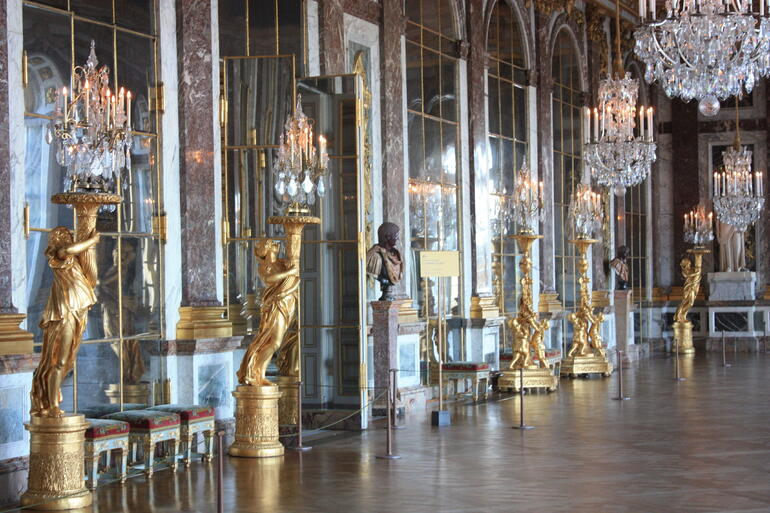 Chamber of Mirrors - Paris