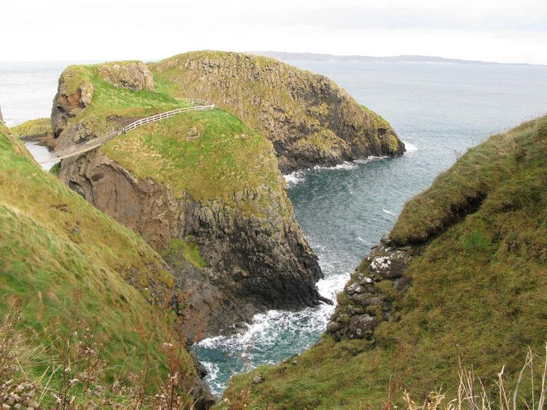 Carrick-a-Rede Rope Bridge, Northern Ireland - Dublin