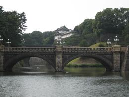 The bridge to the Imperial Palace gate., Jennifer M - August 2008
