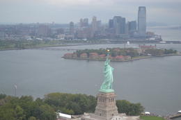 Photo of New York City Manhattan Sky Tour: New York Helicopter Flight Statue de la Liberté.
