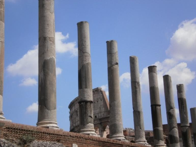 Skip the Line: Ancient Rome and Colosseum Half-Day Walking Tour photo 10