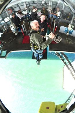 Photo of Auckland Auckland Harbour Bridge Bungy Jump Daddy goes Backwards