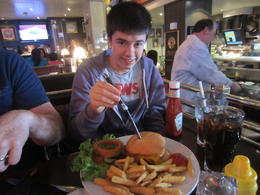 Photo of London Skip the Line: Hard Rock Cafe London fab food