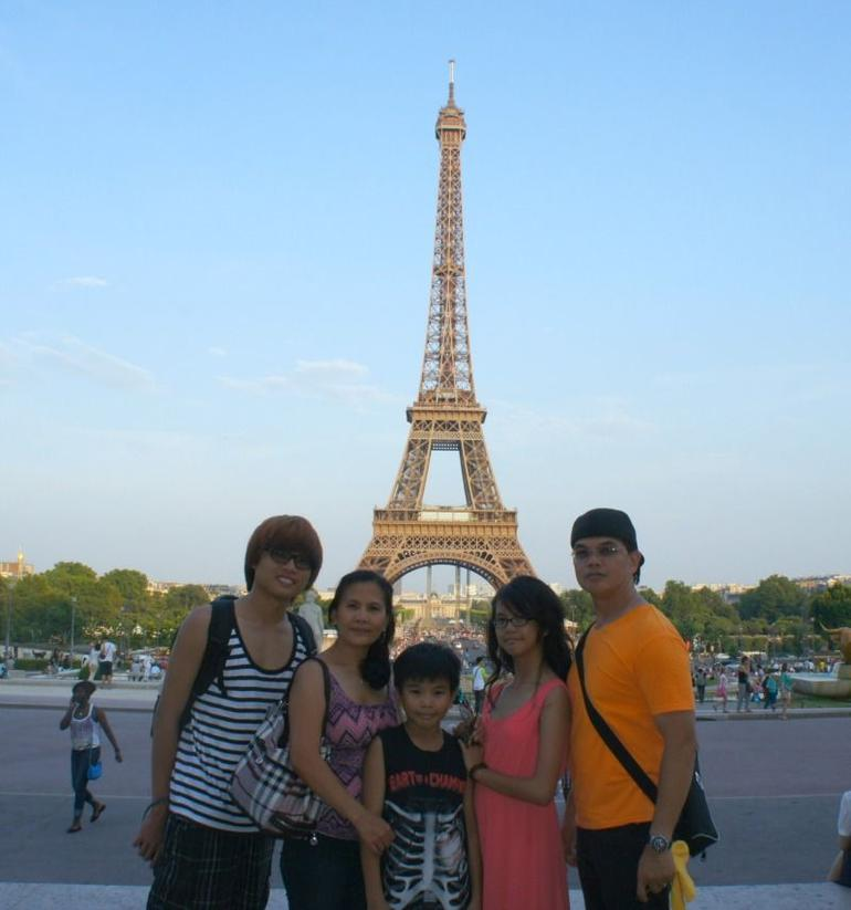 My Family photo with Eiffel Tower as our background. - Paris