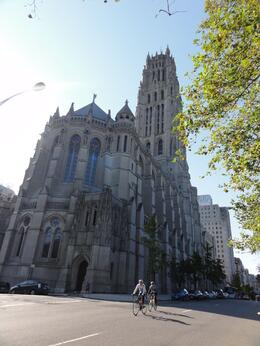 Photo of New York City New York City Guided Sightseeing Tour by Luxury Coach Riverlife church