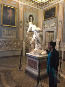 Our guide bring life to this amazing Renaissance sculpture by Bernini. , mosselle g - May 2015