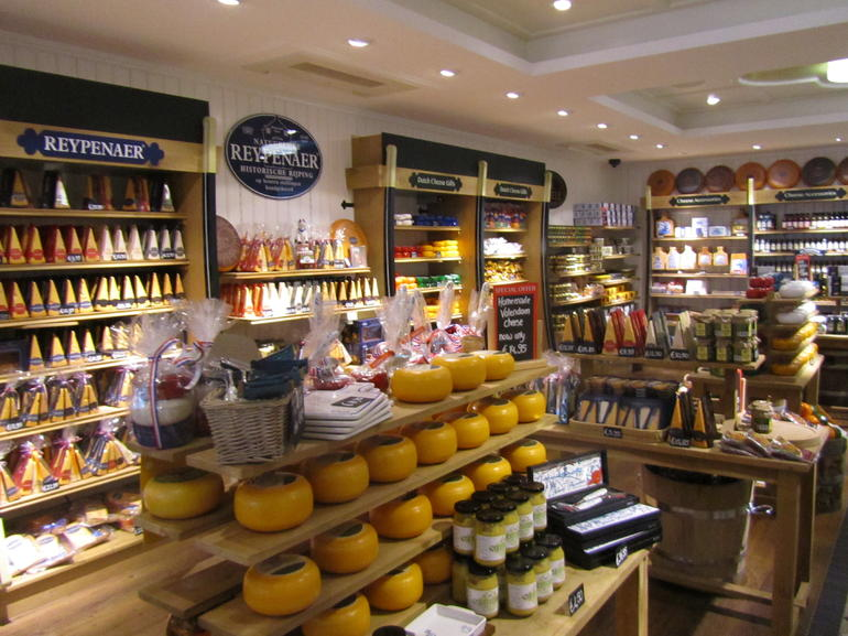 Inside the Volendam cheese factory - Amsterdam
