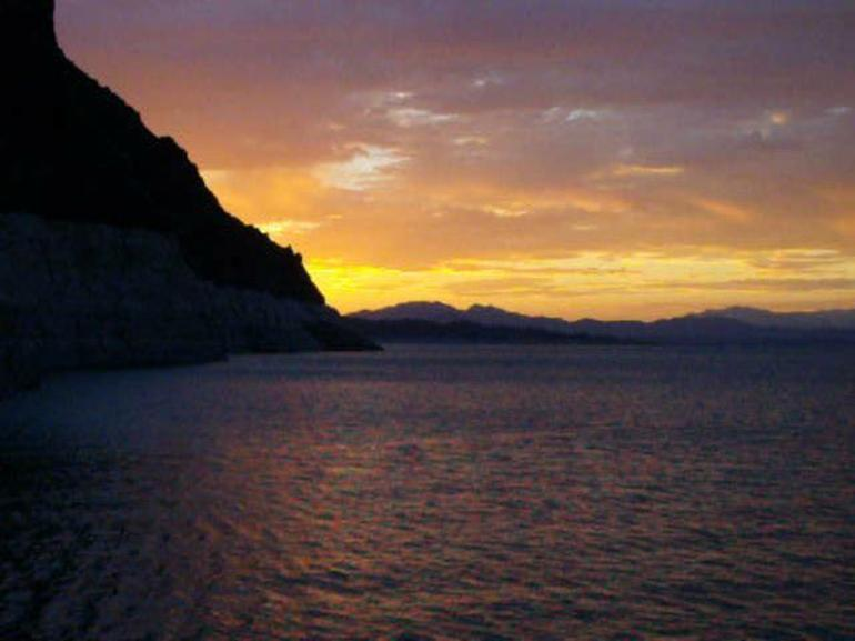 Lake Mead Dinner Cruise - Las Vegas