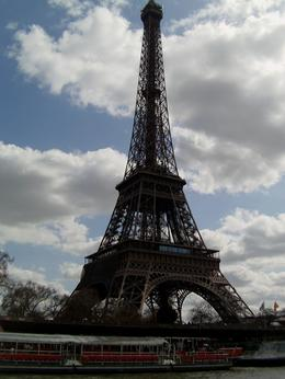 Photo of London Luxury Paris Day Trip with Champagne Lunch on the Eiffel Tower Paris Day Trip with Champagne lunch