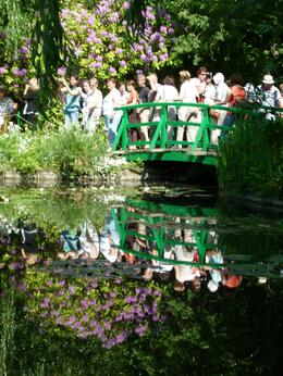 Photo of Paris Giverny and Monet The bridge held the crowds!