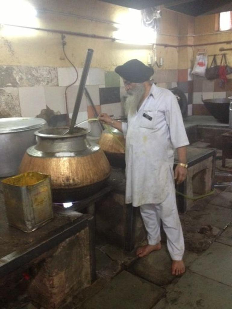Feeding the homeless at the Sikh Temple - New Delhi