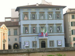 Photo of Florence Tuscany in One Day Sightseeing Tour Funny building at Pisa