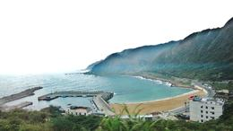 Photo of Taipei Northern Coast Half-Day Tour including Yehliu Park from Taipei Going to Yehliu Park