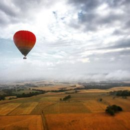 Photo of Melbourne Yarra Valley Balloon Flight at Sunrise In flight.