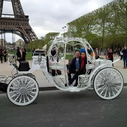 We had a wonderful time travelling through the quaint areas of Paris. , Leonard D - April 2014