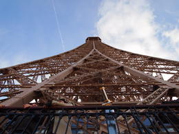 Photo of Paris Skip the Line: Eiffel Tower Tickets and Small-Group Tour Looking all the way up!