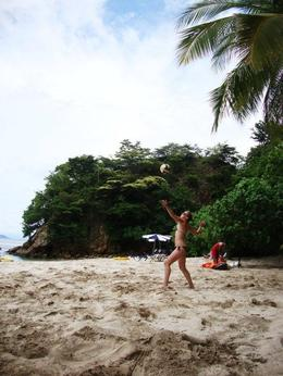 Photo of   Volleyball on Isla Tortuga