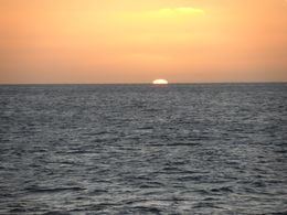 Photo of Oahu Oahu Sunset Dinner Cruise - Fine Dining Sunset