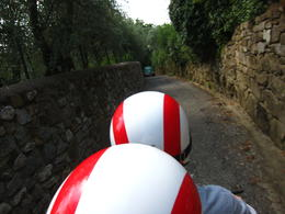 Photo of Florence Florence Vespa Tour: Tuscan Hills and Italian Cuisine Country Roads