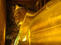Photo of Bangkok Private Tour: Bangkok Temples including reclining Buddha at Wat Pho Reclining Buddha