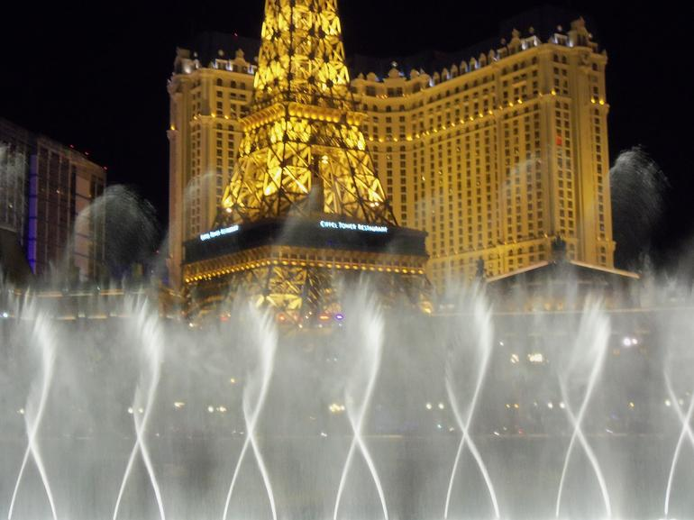 The Bellagio Fountains - Las Vegas