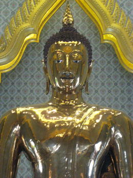 Photo of Bangkok Private Tour: Bangkok Temples including reclining Buddha at Wat Pho Golden Buddha