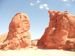 One of the many rock formations through the Valley of Fire Stats Park, Cowboysrock - June 2011