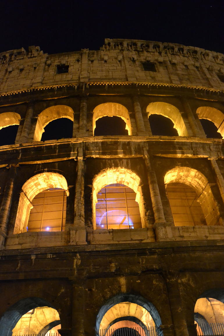 Illuminated Rome Night Tour - Rome