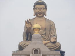 Photo of Taipei 5-Day Best of Taiwan Tour from Taipei: Sun Moon Lake, Taroko Gorge, Kaohsiung and Taitung Budda statue