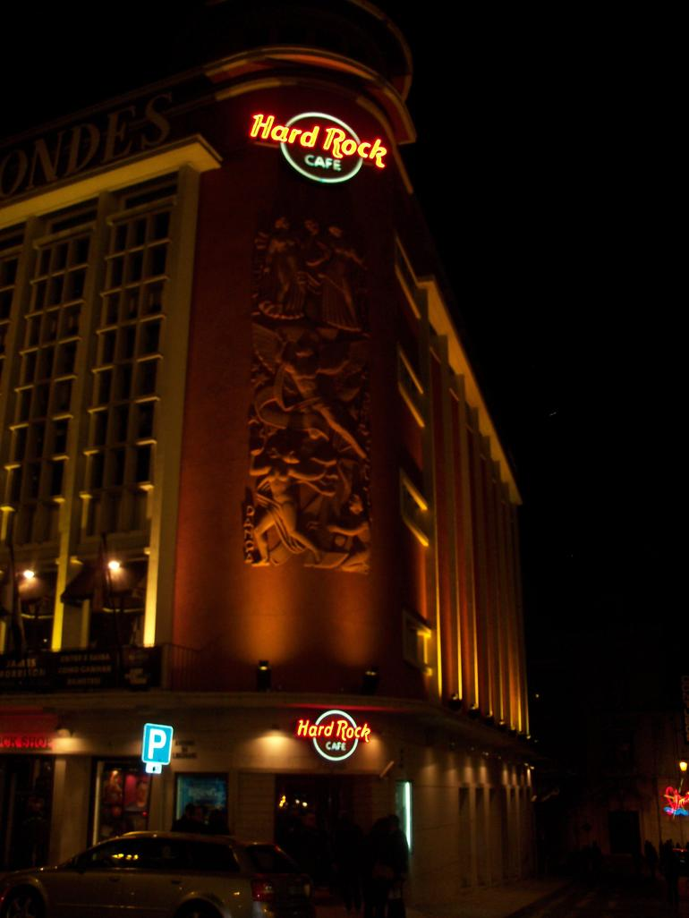 Hard Rock Cafe at night - Lisbon