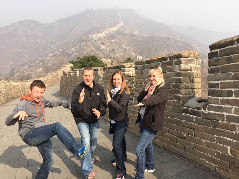 Stegeman family on the Great Wall.