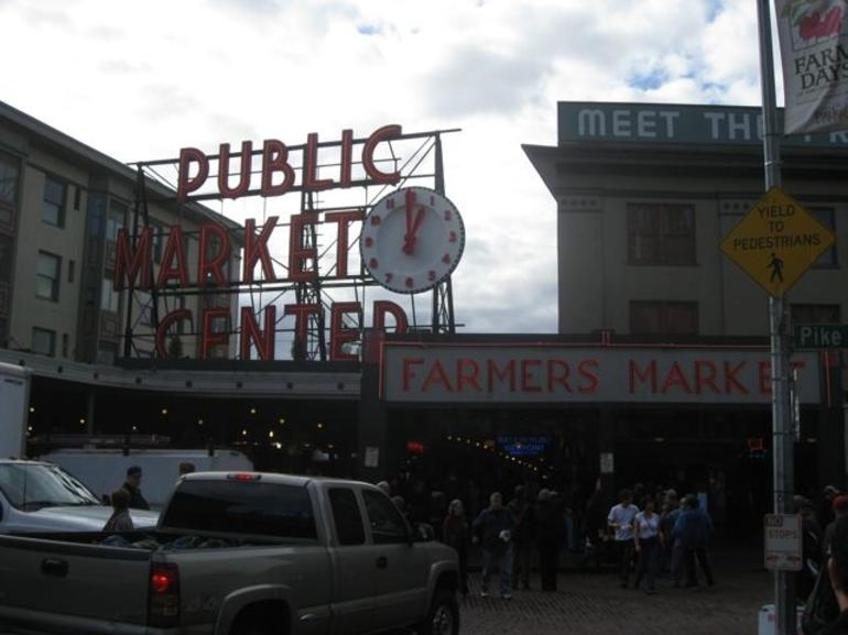Pike_Place_Market - Seattle