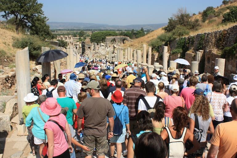 The crowds at Ephesus - Izmir