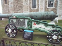 Photo of London Tower of London Entrance Ticket Including Crown Jewels and Beefeater Tour A Really Cool Cannon
