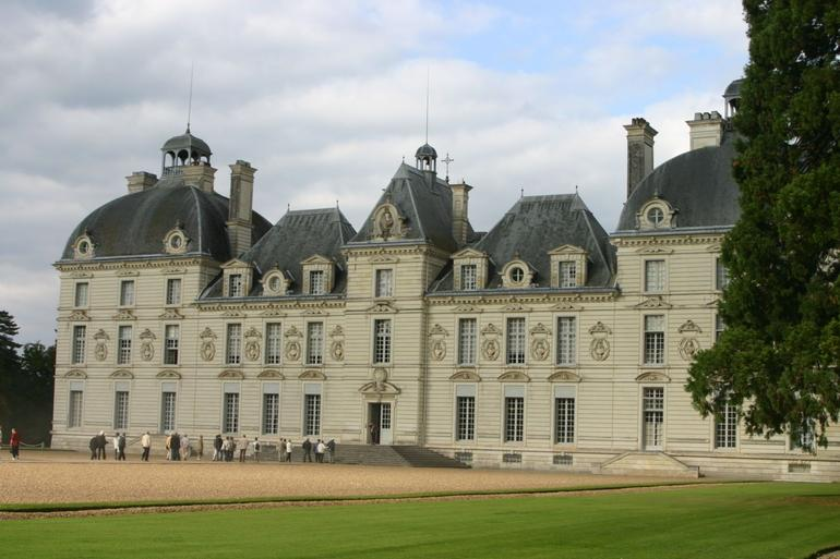 Cheverny Castle - Paris