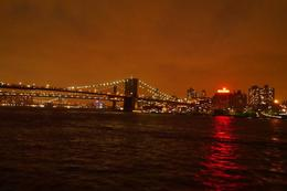 Photo of New York City Statue of Liberty Evening Cruise magique de nuit