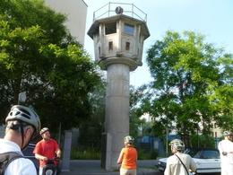 Berlin's last remaining watchtower near Potsdamer Platz. , Ollie - August 2013