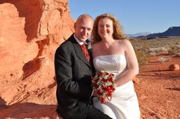 Photo of Las Vegas Valley of Fire Wedding by Private Limousine Getting married in Vegas: Wonderful scenery, Valley of Fire