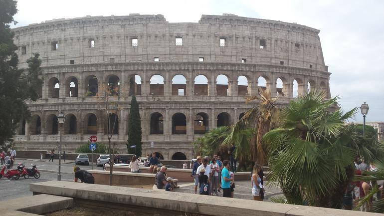 Rome Super Saver: Colosseum and Ancient Rome with Best of Rome Afternoon Walking Tour photo 7