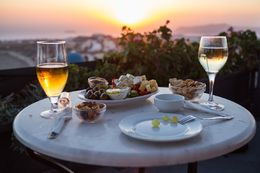 Amazing views and superb wines and tapas, absolutely worth the upgrade! - March 2016