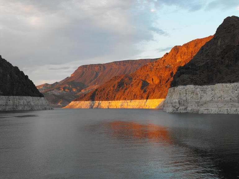 Sunset on Lake Mead - Las Vegas