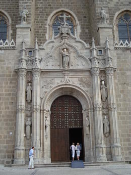 A very impressive entrance to a grand church in Toledo. , David F - August 2011